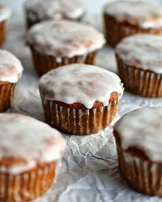 Best Banana Muffin Recipe Ever, Glaze (optional): 1/2 cup powdered sugar 1 tablespoon milk p