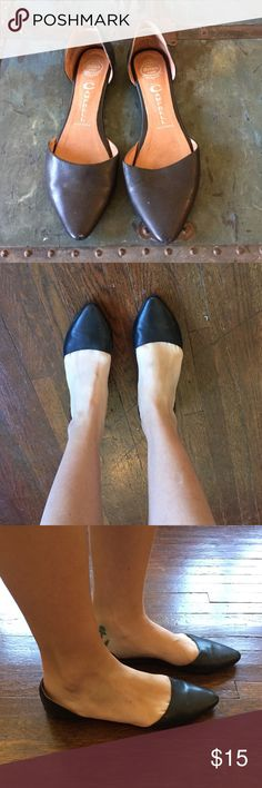 Jeffrey Campbell flats Super cute! Condition worn/used. Scuffs on heels and a little on right tip. Jeffrey Campbell Shoes Flats & Loafers