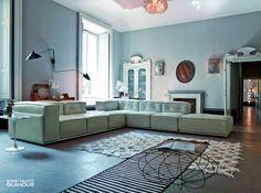 Quando si cerca qualcosa di raffinato ed esclusivo per arredare il #soggiorno, GLAMOUR è la risposta ideale. Divano componibile della collezione Emporio divani in pelle. Scopri di più visitando www.doimosalotti.it  #doimosalotti #divanopelle #leathersofa