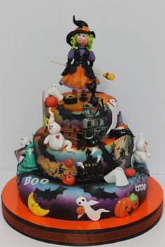 halloween birthday cakes | Found on viorica-torturi.ro