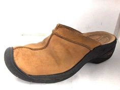 KEEN WOMENS BEIGE NUBUCK LEATHER MULES SIZE 6.5 MEDIUM RUSSELLB SHOES #KEEN #Mules
