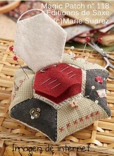 Photo Tutorial pincushion with  needle keeper | El Blog de Esperanza.: Mis cosillas de Agosto