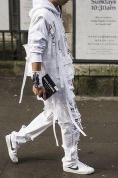 LCM fall winter 2016 / London Dope Fashion, Fashion Line, Minimal Fashion, High Fashion, Womens Fashion, Fashion Trends, Mode Cyberpunk, Cyberpunk Fashion, Inspiration Mode