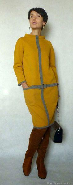 Купить или заказать Платье о-силуэта ВЕРНИСАЖ в интернет магазине на Ярмарке Мастеров. С доставкой по России и СНГ. Материалы: неопрен, двусторонний трикотаж. Размер: 44-46