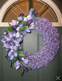 Best 11 Ladybug – SkillOfKing.Com Easter Wreaths, Holiday Wreaths, Flower Wreaths, Purple Wreath, Lavender Wreath, Diy Wreath, Wreath Making, Burlap Wreath, Summer Wreath