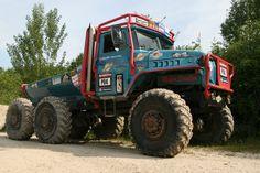 Team Manent-Cellier URAL 4320 proto