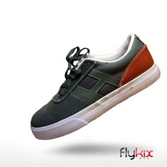 Huf Shoes #huf #husshoes #castlerock  #mensshoes #menssneakers #fashion #urbanfashion #mensfashion #flykix