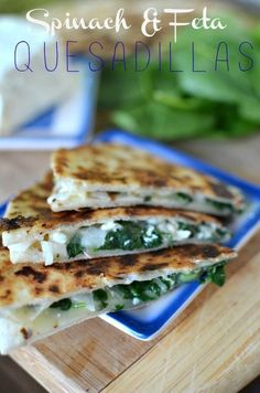 This super tasty quesadilla recipe would be perfect party pleaser or just a simple weeknight dinner on the table. If you like Greek style food, it won't disappoint you! Feta and Spinach Veggie Recipes, Mexican Food Recipes, Vegetarian Recipes, Cooking Recipes, Healthy Recipes, Cooking Gadgets, Greek Recipes, Cheese Recipes, Best Tzatziki Recipe