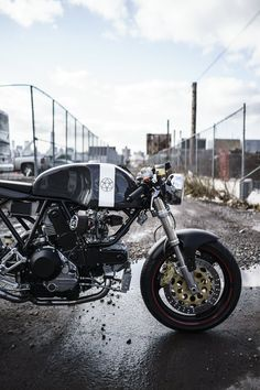 Walt Siegl is, quite deservedly, one of the most famous custom motorcycle builders in the world. Far from the hideous kitch hellscape of the custom...