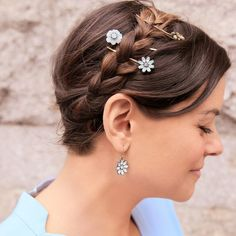 Bella Fiore Hair Pin Trio | Chloe + Isabel. Hair pins for spring time! Only $28! Click to buy from my boutique! @chloeandisabel