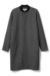 weekday <p>This is a coat with two pockets and contrasting neck rib. In a size medium it measures 103 cm in length and 122 cm around chest. The sleeve length is 78 cm.</p>