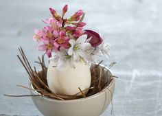 How-To: Easter Egg Vaselets