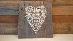 Pallet wood heart sign Pallet Wood, Wood Pallets, Heart Sign, Projects, Log Projects, Blue Prints, Wooden Pallets, Crates