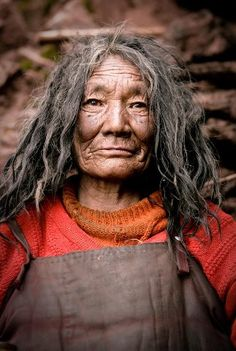 Mingyur Yogini, a senior nun of the Nangchen Tibetan region, a practitioner of Tantric Buddhism Old Faces, Portraits, Divine Feminine, Interesting Faces, People Around The World, Old Women, Portrait Photography, Beautiful People, Female