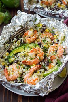 "Cilantro Lime Shrimp and Cauliflower ""Rice"" Foil Packs Cooking Classy - Zucchini Recipes Foil Packet Dinners, Foil Pack Meals, Foil Packets, Foil Dinners, Weeknight Dinners, Baked Shrimp Scampi, Shrimp And Asparagus, Cauliflower Recipes, Cauliflower Rice"
