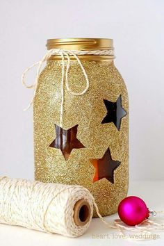 Gold Glitter Mason Jars - 22 Quick and Cheap Mason Jar Crafts Filled With Holiday Spirit Easy Homemade Christmas Gifts, Mason Jar Christmas Crafts, Mason Jar Crafts, Bottle Crafts, Holiday Crafts, Christmas Diy, Christmas Decorations, Homemade Gifts, Christmas Centerpieces