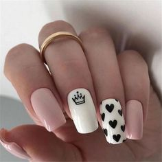 In seek out some nail designs and some ideas for your nails? Here is our set of must-try coffin acrylic nails for modern women. Summer Acrylic Nails, Best Acrylic Nails, Nail Designs Pictures, Nail Art Designs, Nails Design, Heart Nail Designs, Nail Design For Short Nails, Nails Short, Swag Nails