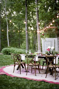 Photographer, Jenna Henderson and the design crew behind Modern Vintage Events told us that their inspiration behind today's feature came from the European Wedding Vendors, Wedding Blog, Wedding Styles, Wedding Ideas, Light For The World, Floral Event Design, Wedding Inspiration, Style Inspiration, Nashville Wedding