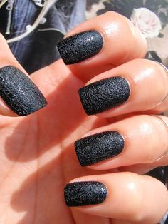 HeadInTheClouds: CHINA GLAZE BUMP IN THE NIGHT