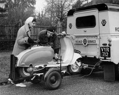 See related links to what you are looking for. Retro Scooter, Lambretta Scooter, Scooter Girl, Vespa Scooters, Scooter Images, Land Rover Defender, Vintage Images, Tractor, Recreational Vehicles
