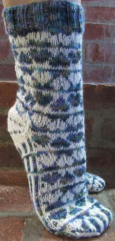 Ravelry: That Lovin' Feeling Series pattern by Deborah Tomasello Knitting Socks, Hand Knitting, Knit Socks, Weaving Patterns, Knitting Patterns, Warm Socks, Knitted Slippers, Designer Socks, Knitting Accessories