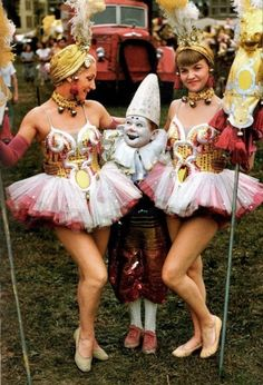 40′s Circus Performers