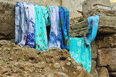 Seda y color para nuestros fulares , chales, echarpes, pañuelos, bufandas, vestidos y blusones...Complementos de seda Julunggul. hecho en ESpaña www.julunggul.com