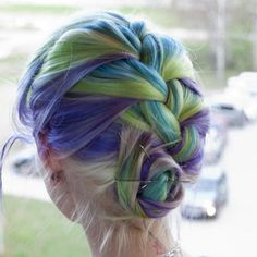 http://shock.style.it/files/2013/04/capelli-multcolor-2.jpg