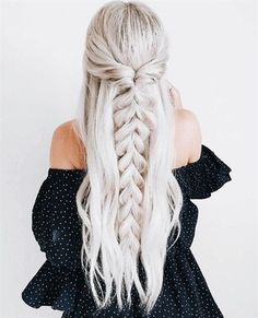 Trendy Chic Braided Hairstyle Ideas You Should Try - Pull through braid half up .Trendy Chic Braided Hairstyle Ideas You Should Try - Pull through braid half up . Plaits Hairstyles, Unique Hairstyles, Hairstyle Ideas, Blonde Hairstyles, Hair Ideas, Barbie Hairstyle, Pixie Hairstyles, Fringe Hairstyles, Medium Hairstyles