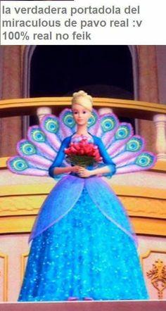 She has the miraculous! Tragic Love, Miraculous Ladybug Memes, Barbie Movies, Miraclous Ladybug, Disney Memes, Power Girl, Funny Animal Videos, Queen Bees, Princesas Disney