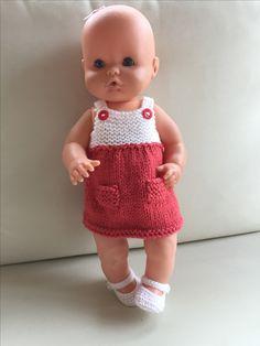 Vestido para nenuco Best Baby Doll, Baby Dolls, Clothes For Sale, Diy Clothes, Baby Born Clothes, Knit Crochet, Crochet Hats, Knitting Dolls Clothes, Bitty Baby