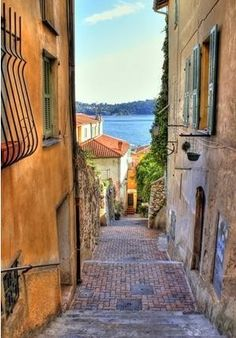Nice, France - one of my favorite cities. I want 2 go back!!!!