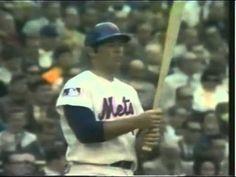 Ron Swoboda's amazing catch in N. Mets 1969 world series New York Mets Baseball, Ny Mets, Baseball Hats, Mlb Uniforms, Lets Go Mets, Mlb Nationals, Baseball Scoreboard, World Series, Superstar