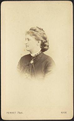 Amy Shaw (Mrs. J. Collins Warren).