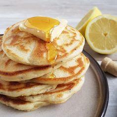 American pancakes recipe - the tastiest! Easy Homemade Pancakes, Pancakes Easy, Breakfast Pancakes, Breakfast Items, Pancake Cups, Pancake Toppings, Brunch Items, American Pancakes, Chocolate Chip Pancakes