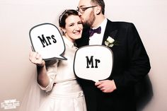 Wedding speech bubbles Mr and Mrs  | The Photo Booth Guys  http://photobooth.co/decadent-december-details-monthly-roundup/