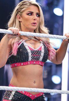 Wrestling Stars, Wrestling Divas, Alexis Bliss, Becky Wwe, Lexi Kaufman, Disney Magic Bands, Vince Mcmahon, Wwe Female Wrestlers, Wwe Girls