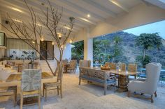 Situated in the middle of a mountain with a breathtaking view of the Pacific Ocean in the distance, The Retreat in Altos Del Monte, Atenas, Costa Rica was a dream, 10 years in the making, by wellne…