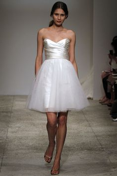 if i had to pick any wedding dress.. it would be this one!