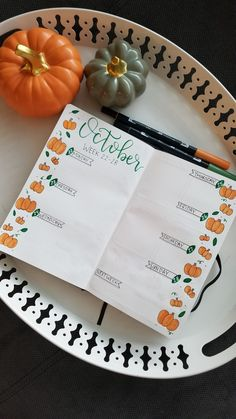 October weekly spread #bulletjournal #bujo #october #pumpkins #weeklyspread . Follow me on Instagram www.instagram.com/being.karlyn