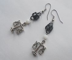 Libra earrings, Black and white scale earrings, Libra jewelry, Zodiac sign earrings #gothic #chainmaille