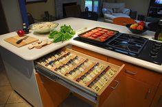 drawer-organizing-spices-rack.jpg 500×334 pixels