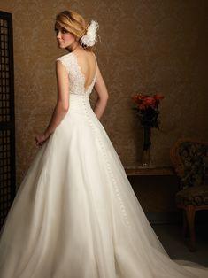 Love this white dress -- very classy!