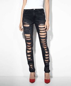 Levi's High Rise Skinny Jeans on Wantering | What's the Skinny | womensskinnyjeans #womensskinnyjeans #womensstyle #womensfashion #style #fashion #GIF #gif #gifs #fashiongifs #levis #wantering http://www.wantering.com/womens-clothing-item/high-rise-skinny-jeans/agx9n/
