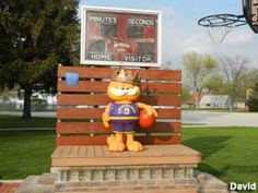 Garfield the Cat, Basketball King in Swayzee, Indiana: