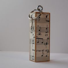 sheet music wood keychain key ring upcycled game piece jenga block Diy Crafts For Gifts, Upcycled Crafts, Fun Crafts, Jenga Blocks, Wood Blocks, Jenga Diy, Jw Gifts, Music Crafts, Block Craft