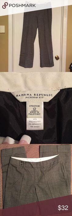"Jackson Fit Lined Wool Blend Slacks Sz 12 Jackson Fit dress pants by Banana Republic. Size 12 with 32"" inseam. Excellent condition. Banana Republic Pants Trousers"