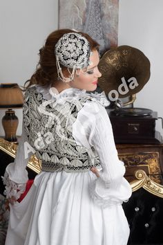 http://www.adamoda.org/images/balkan/11b.png