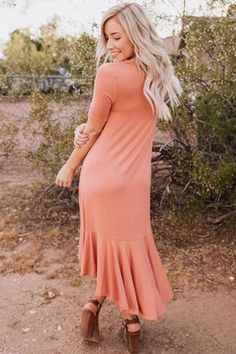 Coral Flowy Ruffles High-Low Hemline Short Sleeve Casual Dress Wedding Dress Trends, Wedding Dresses, Ruffle Shorts, Casual Summer Outfits, Comfortable Fashion, Street Style Women, Lady, Dress Collection, Dresses Online