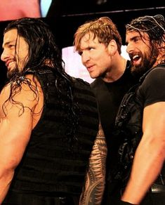 The Shield, I miss this, I hope one day Dean will come to his senses when Roman comes back and they can be The Shield once again Roman Reigns Shirtless, Wwe Roman Reigns, Roman Reigns Dean Ambrose, The Shield Wwe, Roman Reings, Kenny Omega, Wrestling Wwe, Seth Rollins, Wwe Wrestlers